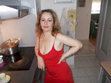 Je recherche un homme débutant pour un plan sexe sur les Hautes-Alpes